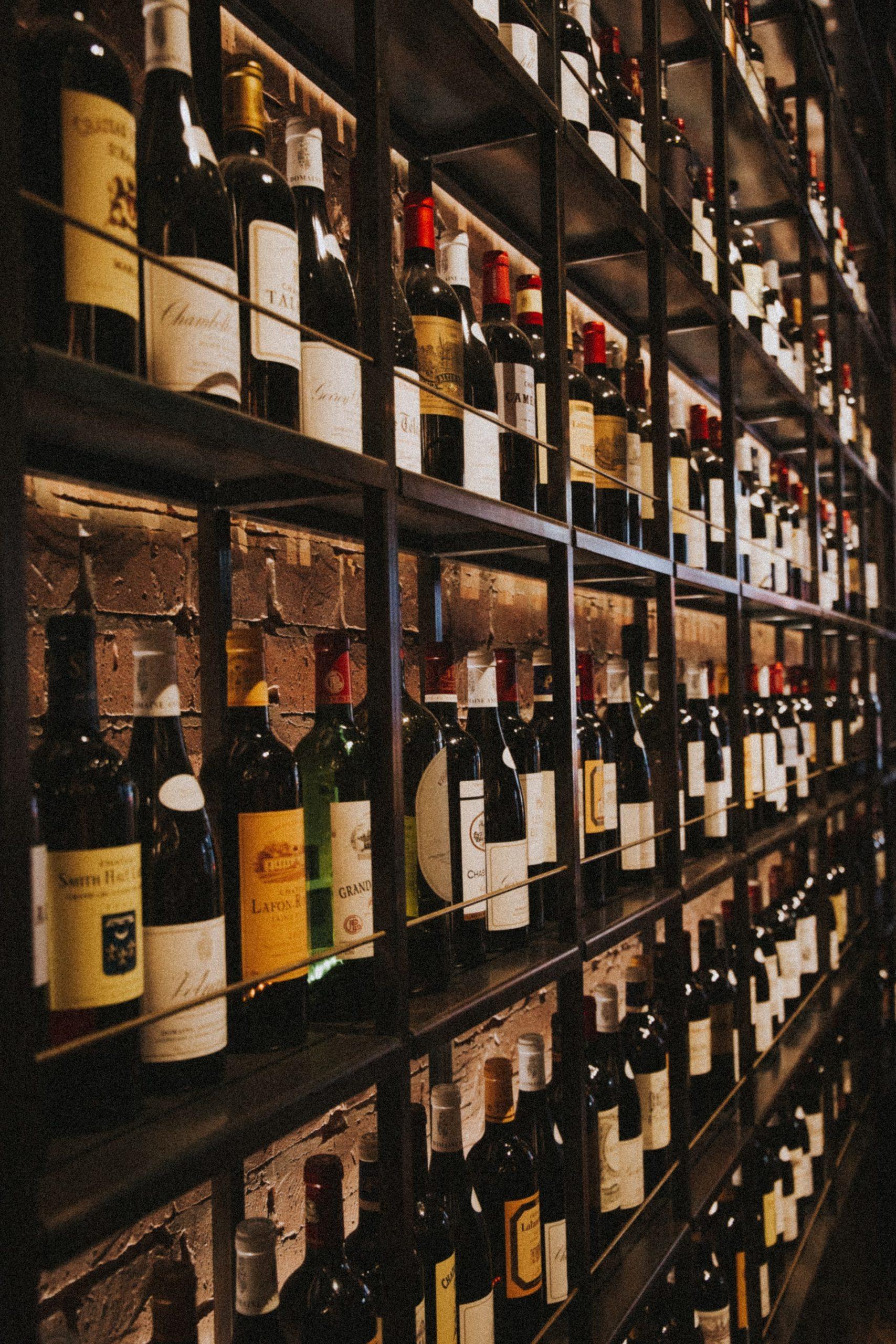 Fyld kælderen derhjemme op med lækker vin