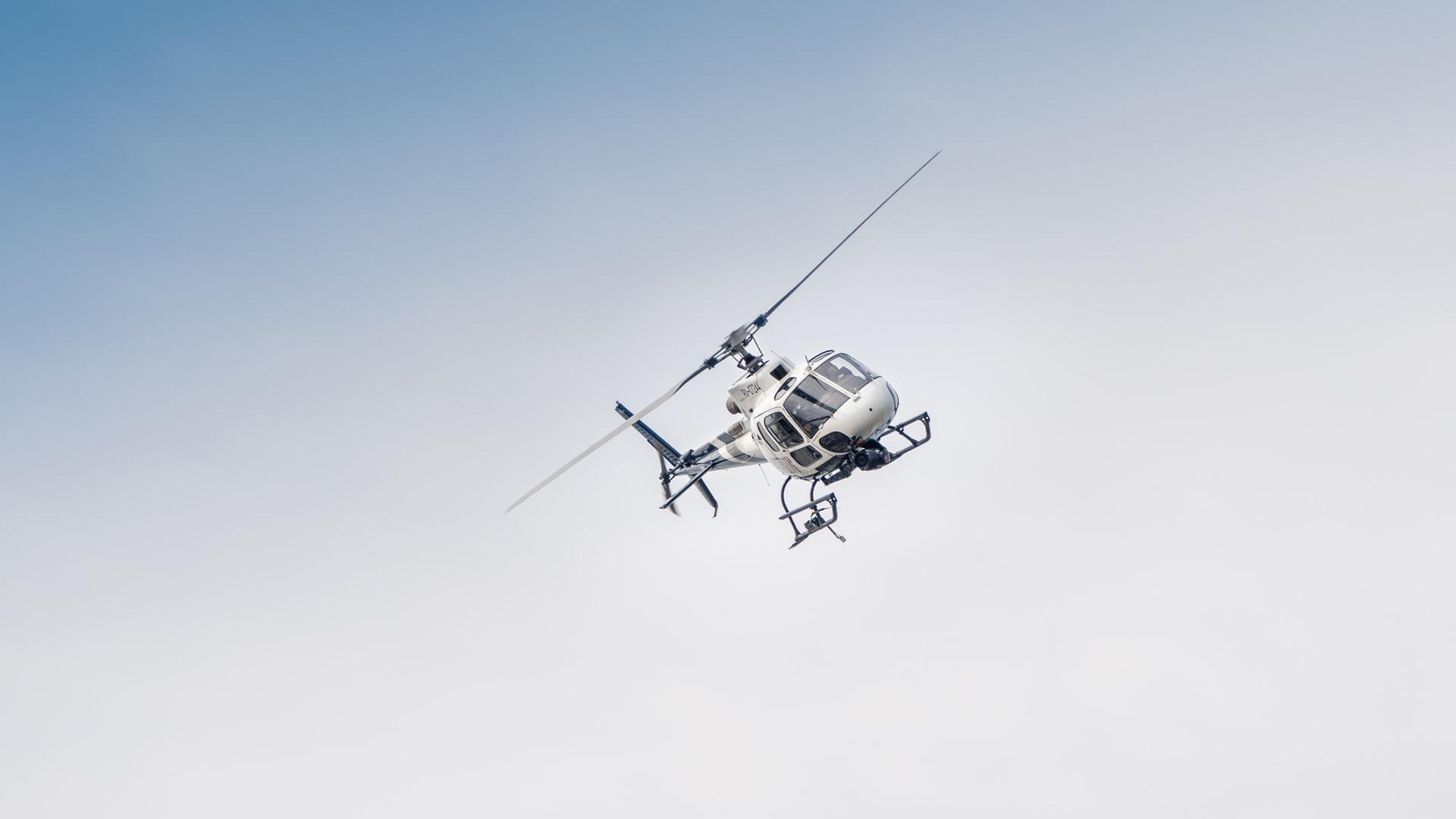 Drømmer du om en helikoptertur over Danmark?
